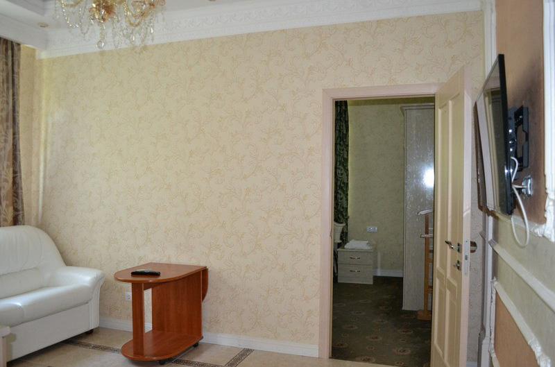 2-местный 2-комнатный люкс № 11, 1 этаж